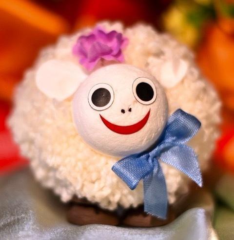 Dolly, the Sheep 2 pc box